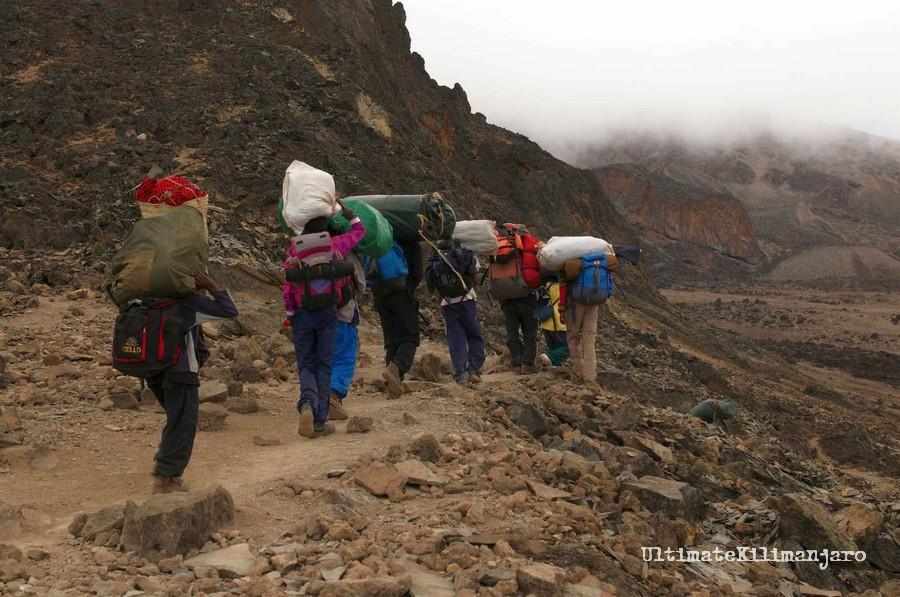 Mt_Kilimanjaro_porters
