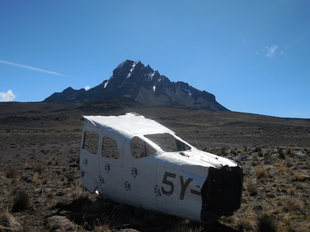 Mt_kilimanjaro_crash
